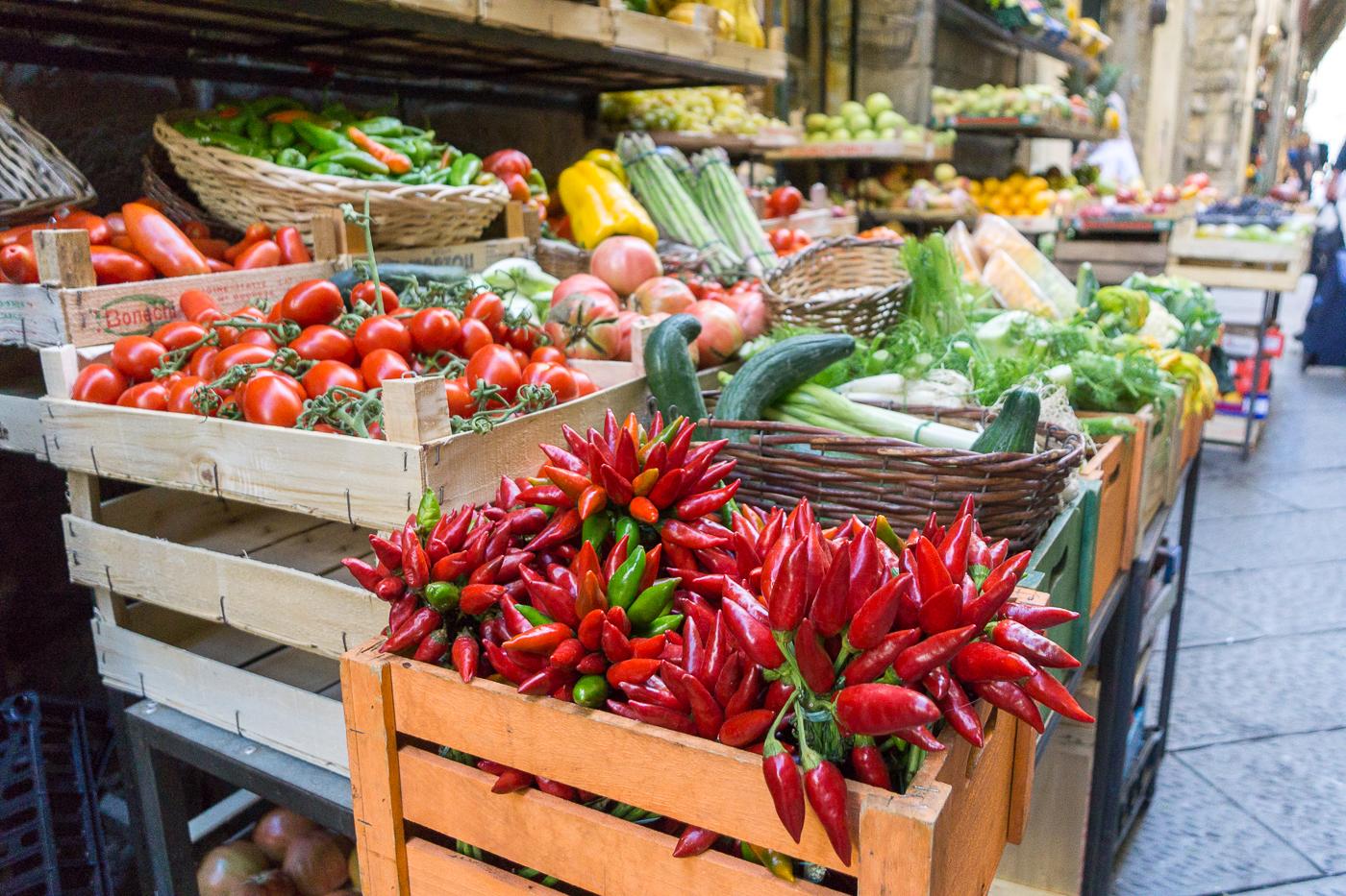 Étal de légumes dans les rues de Florence