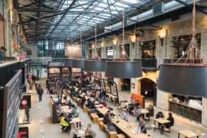 Espace ouvert The Forks Market - Quoi manger à Winnipeg?