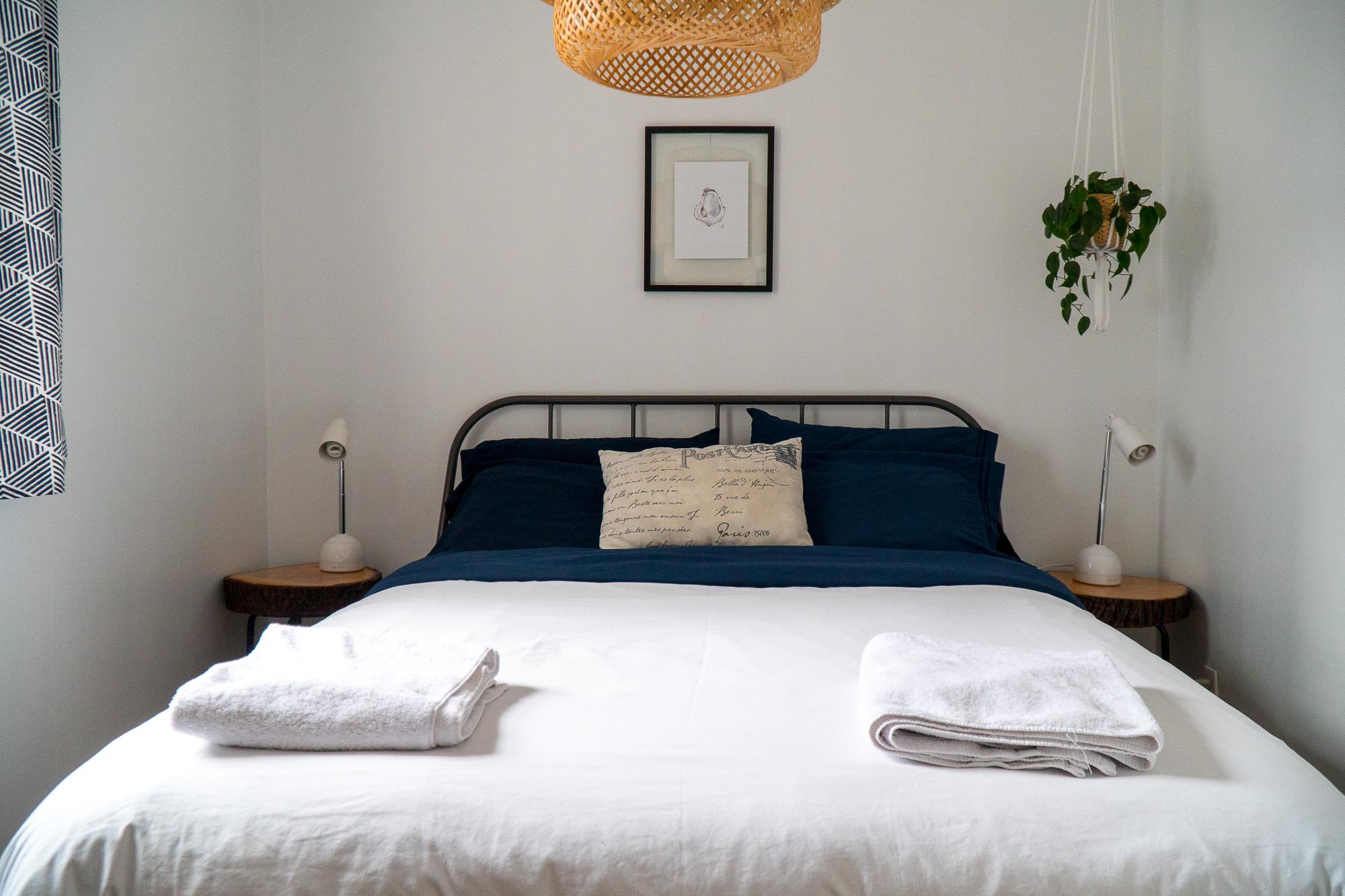 Lit de chambre privée double La Cabane Guesthouse de Saint-Boniface