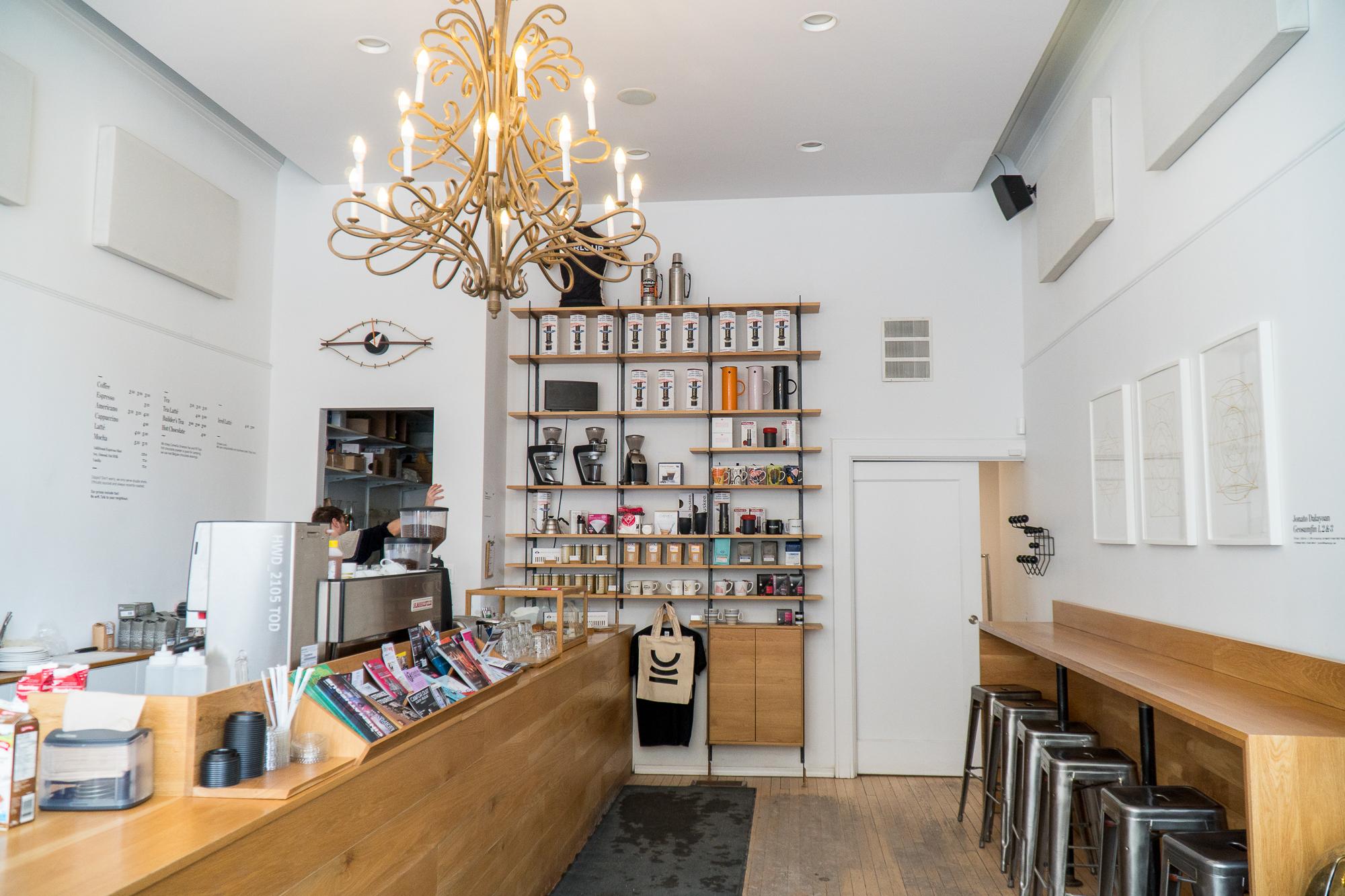 Salle à manger du Parlour Café - Main street