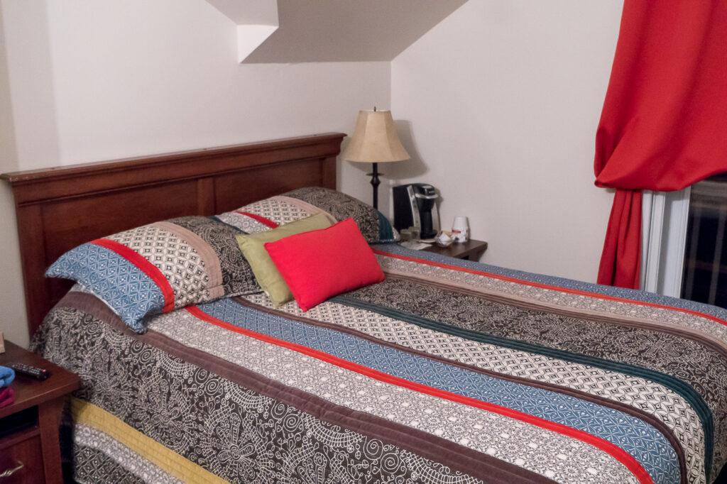Chambre à l'Auberge Le Port d'attache où dormir à Natashquan
