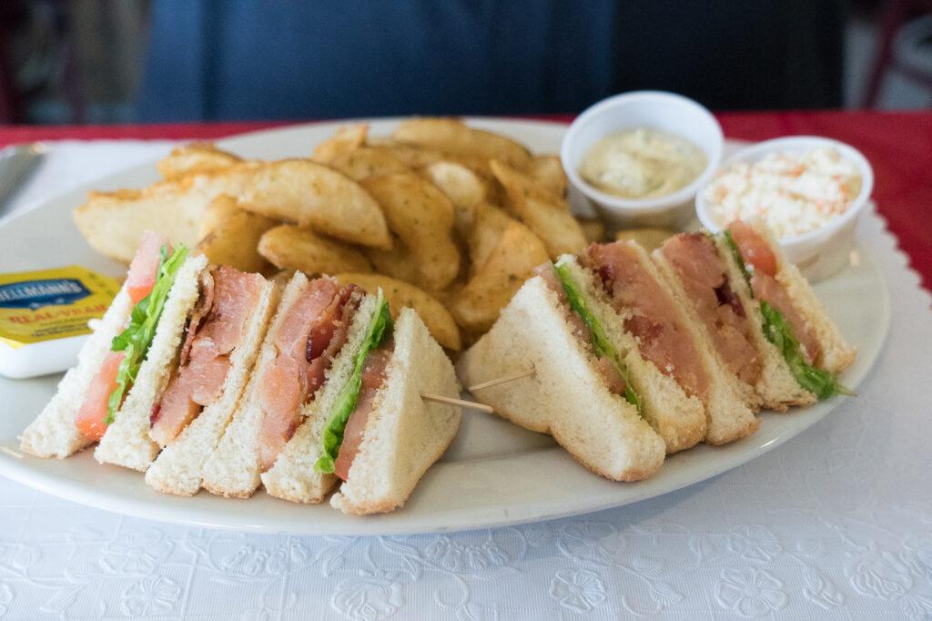 Sandwich au saumon fumé Le Goynish