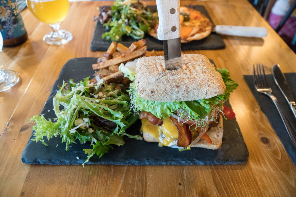 burger Estam au resto L'Estaminet
