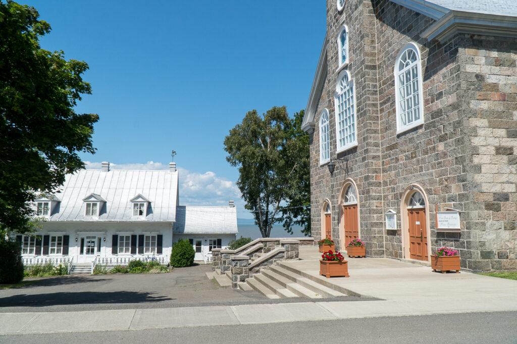 Église à Notre-Dame-du-Portage