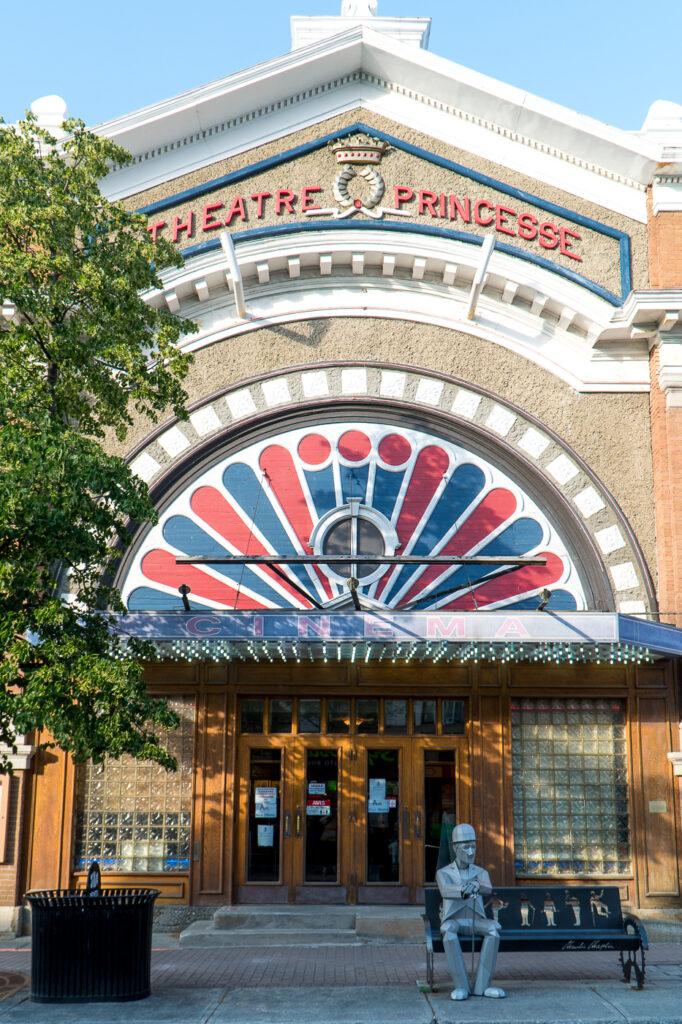 Façade du Cinéma Princesse à voir à Rivière-du-Loup