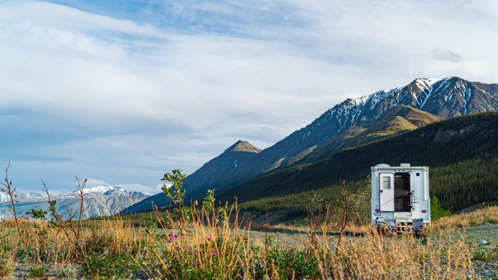 Chambre avec vue en road trip au Yukon - Les Voyageuses du Québec