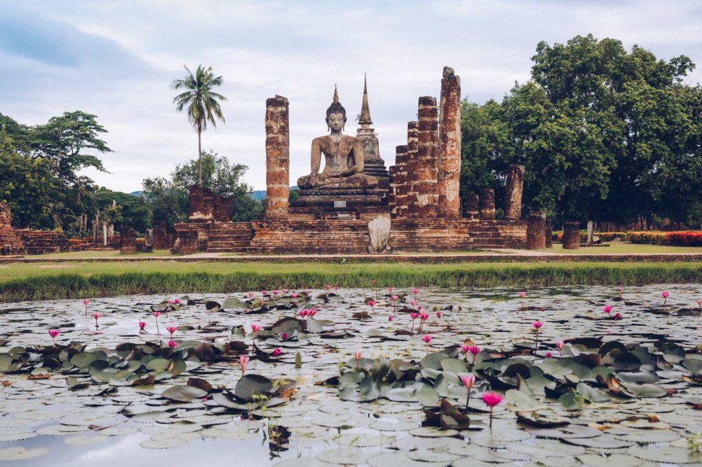 Destinations après COVID - Parc historique de Sukhothai en Thaïlande - Voyages ETC