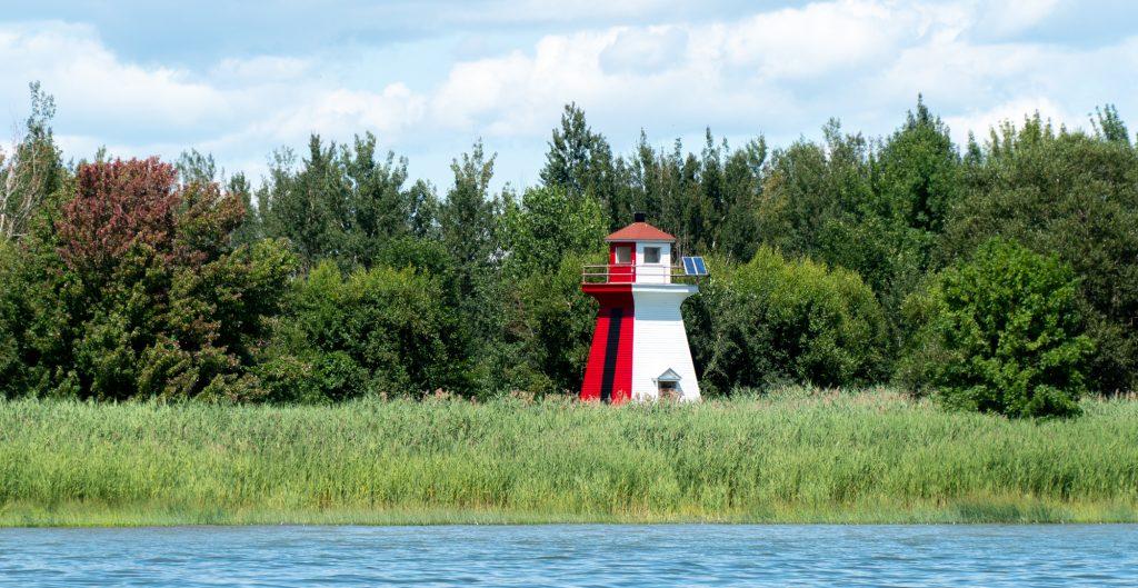 phare dans les îles - Randonnée nature en bateau du Biophare